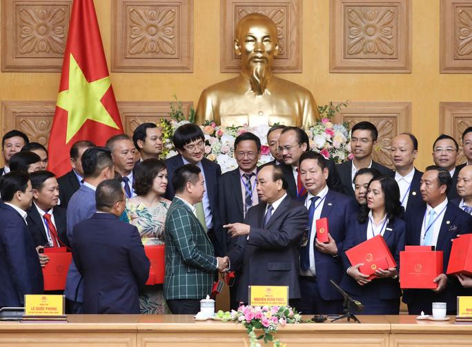 Thủ tướng gặp mặt các doanh nhân trẻ
